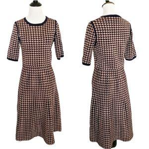 Dresses & Skirts - 4/$25 houndstooth midi dress